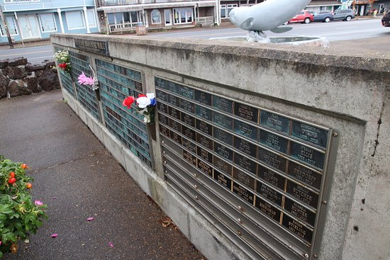 Depoe Bay Memorial Wall