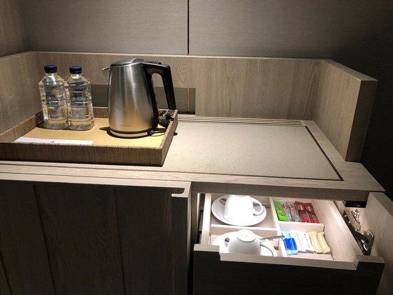3月11.12と娘とタイ旅行の為こちらに宿泊させて頂きました。  日系ホテルとあって、フロントでは日本人の女性もおり、スムーズにチェックイン出来ました 英語も通じますし、ハード面もソフト面も言うことありません。  1月に出来てばかりということで真新しいかったですし、部屋も角部屋にグレードアップして頂き、とても綺麗な夜景を眺める事が出来ました。  朝のビュッフェの食事は日本人の口に合う物ぼかりで種類も数えきれない程あり、大満足です。  私が利用した時は白人と日本人の宿泊者がほとんどでした。  1番助かったのは、3日目は夜中2時、26時に飛び立つのですが、 チェックアウト後の3日目の夜まで荷物を預かって頂いたため、3日めはカートを持ち歩く事無く楽に観光出来ました。 こちらのホテルのおかげでとても素敵な旅行になりました。 ありがとうございました🙏