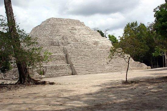Viaje de dos días a Tikal y Yaxha en...