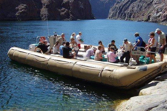 与黑峡谷漂流的盛大庆祝直升机游览