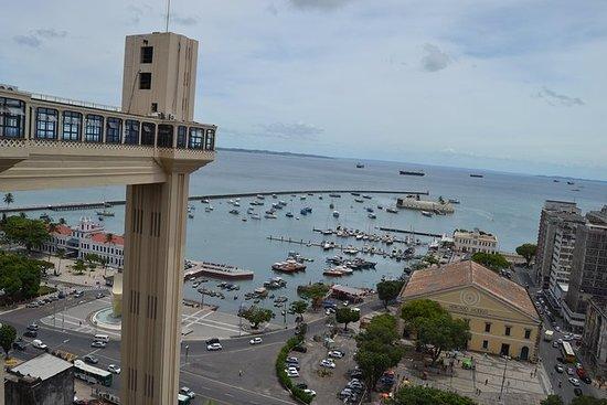 从Praia do Forte私人SUV daytour的萨尔瓦多城市之旅