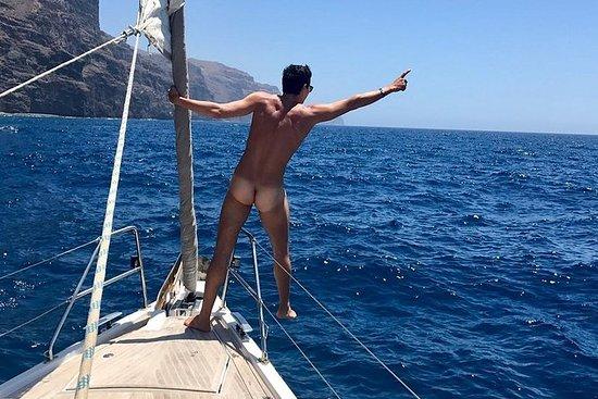 大加那利岛南部约7小时的帆船游览仅适用于男同性恋者