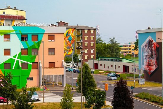 Tour to discover Urban Art and Street...