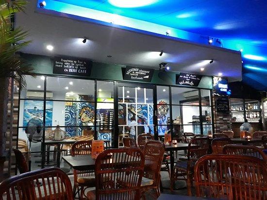 Blue Cafe: Interior