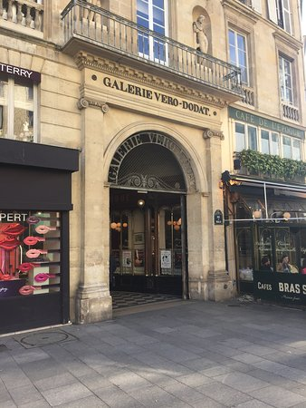 Galerie Vero-Dodat: Accès rue Croix des Petits Champs