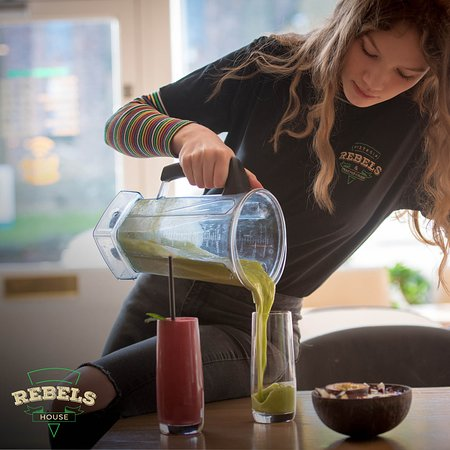 Rebels House Pizzeria & Pancakes: We offer a wide range of tasty and healthy smoothies.