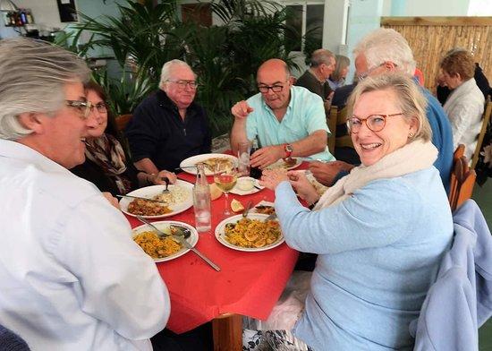 Barbacoa Jairo: Disfrutando e una rica Paella
