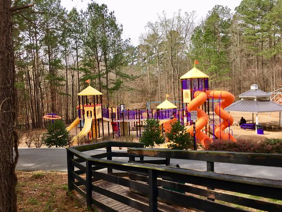 Bunten Road Park: Enjoyed Our Family Outing