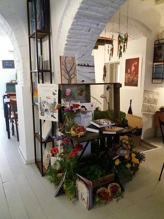 Olivia libreria bistrot: per librerie in fiore