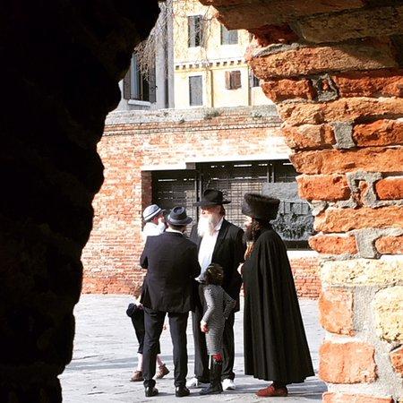Venedik, İtalya: The Jewish Ghetto on the Sabbath.