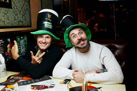 Clever Irish Pub: saint patrics day