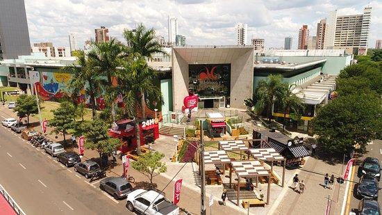 Maringa, PR: Fachada atual do Avenida Center