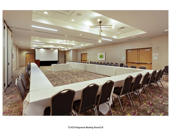 2600 square feet of banquet space to accommodate all types of functions
