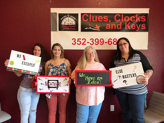 Clues, Clocks and Keys Escape Rooms