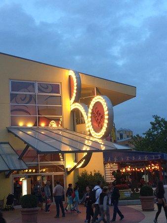 Disneyland Paris - Disney Village - Cafe Mickey <3