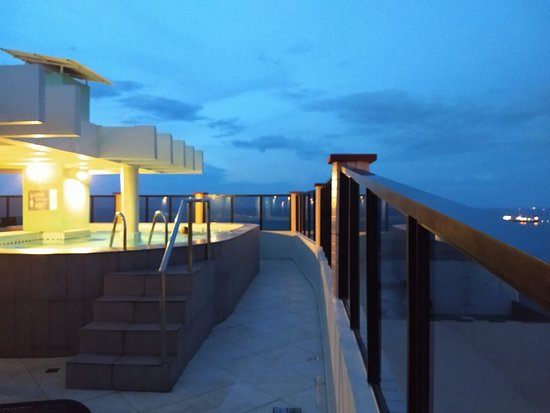 Pileta de la terraza del hotel