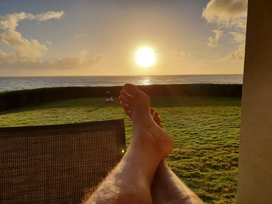 Poipu Shores Resort : How could you be anything but Chillaxed