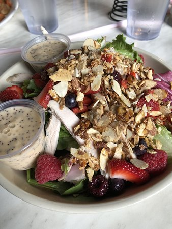 My Berry Poppy salad was PACKED with all kinds of delicious berries, almonds, chicken and red peppers. Served with a wonderful poppy seed dressing - two containers so there was plenty!