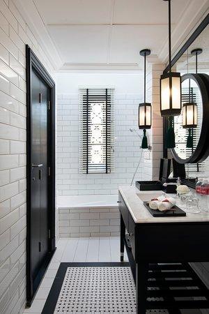 Bathroom Kapitan Room