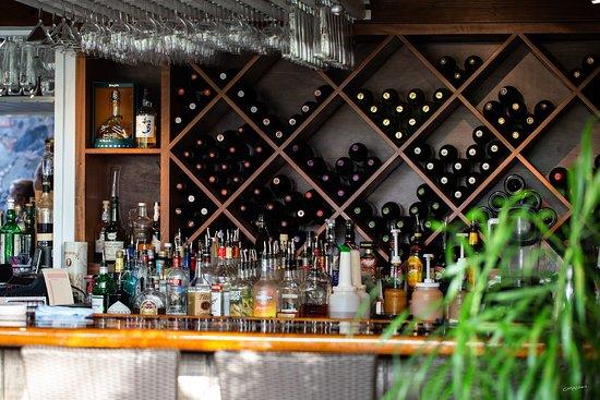 Morgan's Mango Restaurant: Bar