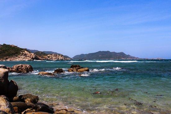 On of Binh ba island seâshore