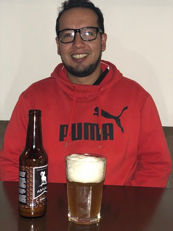 Cervezas artesanales también.