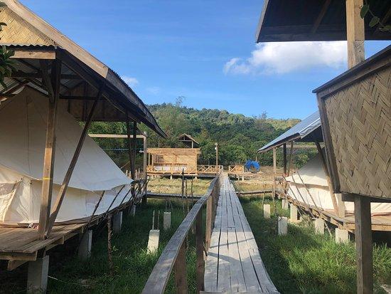 Cabanas de Nacpan Camping Resort