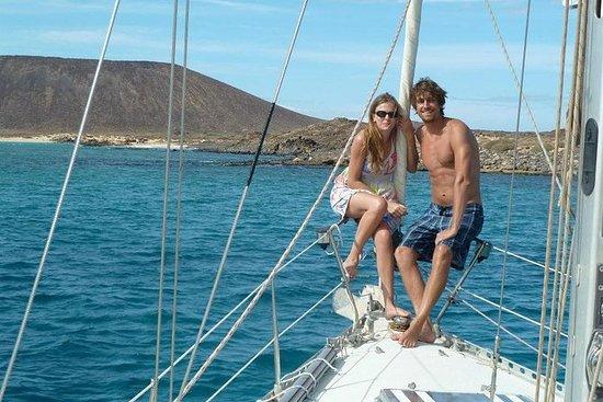 Privat Sunset Sailing Charter for Par...