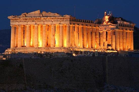 Excursão turística noturna por Atenas...