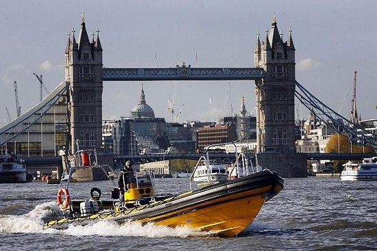 London River Thames High-Speed Cruise...