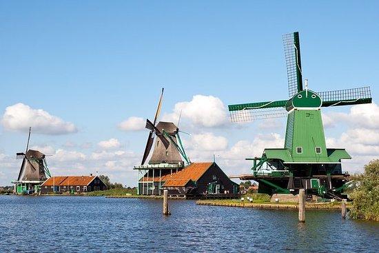 アムステルダムからZaanse Schans、Edam、Volendamまでバス…
