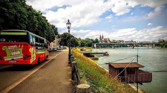 Visita por la ciudad de Basilea en...