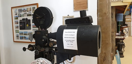Yankalilla District Historical Museum  old movie projector