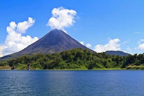 Tour de 3 días en Tortuguero, Volcán...