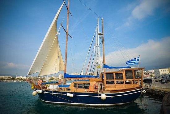 Escape for 7 days in the beautiful Northern Sporades