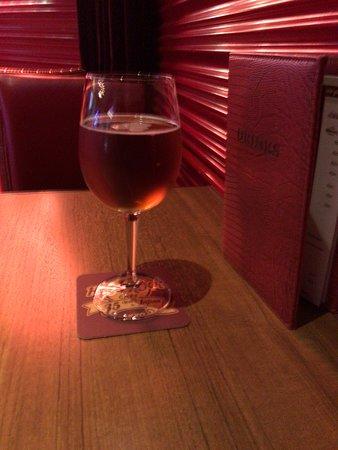 Hard Rock Cafe Fukuoka: クラフトビールを一杯だけ飲みました