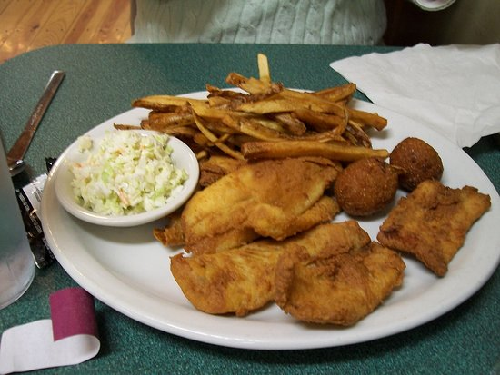 Mountain City, Tennessee: Flounder, slaw, home fries and hush puppies