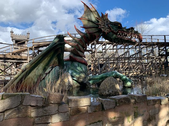 George and the Dragon coaster