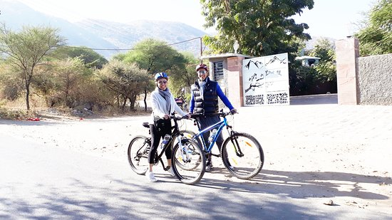 Cycling in Udaipur Rajasthan India (Adorable Couple)