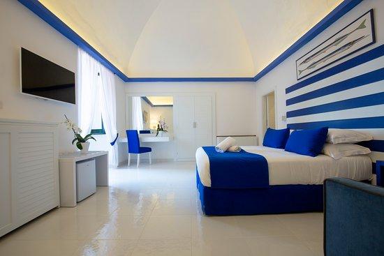 Hotel il Faro: Camera Superior Con Finestra Vista Mare Laterale