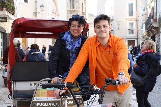Tour della città di Bari in risciò: Grazie alla nostra guida.
