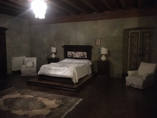 A true Tuscan Castle experience!