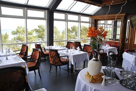 روجارد ستراند هوتل: Rugard's Fine Dining. Das Gourmet Restaurant mit fanstastischem Panoramablick auf die Ostsee.