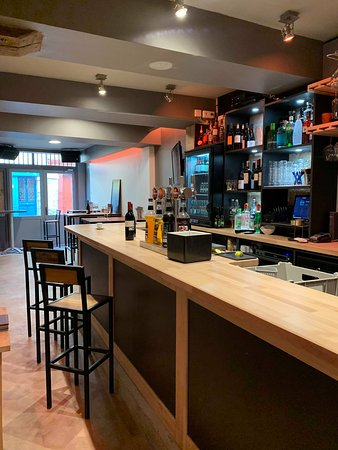 Bar à vin & tapas