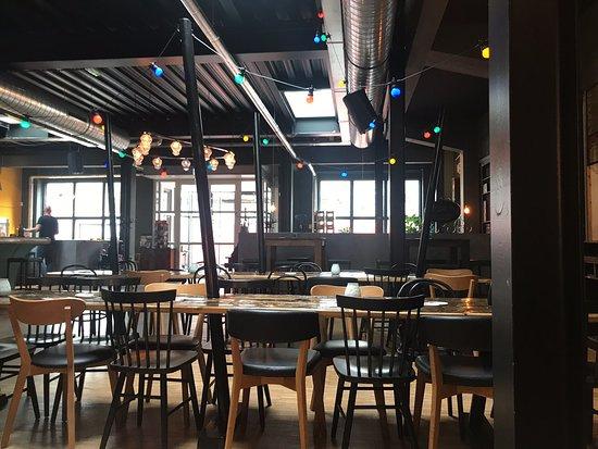 Brouwerij Den Haag.Brouwerij De Prael The Hague Menu Prices Restaurant