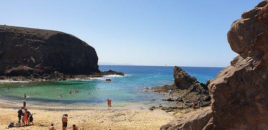 Playa de Papagayo: Umschlossen wie eine Muschel