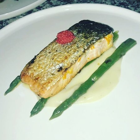 Salmon with asparag