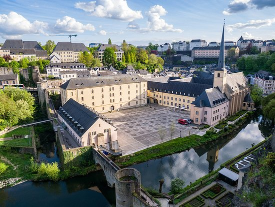 Magnificent view, isn't? Discover Luxembourg with our Free Walking Tours or request a private tour