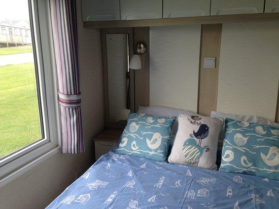 Tretio Caravan & Camping Park: Moo Meadow - double bedroom