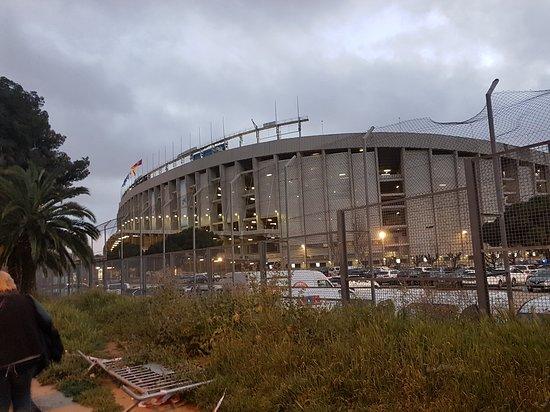 Camp Nou: vue de l extérieur